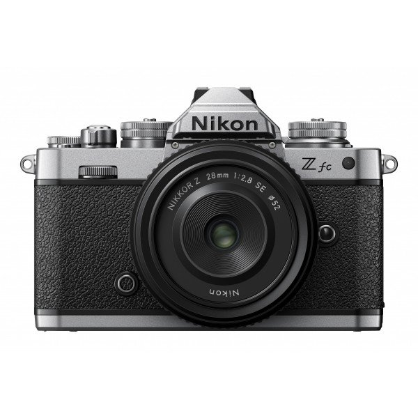 Nikon Z FC+28/2.8 se