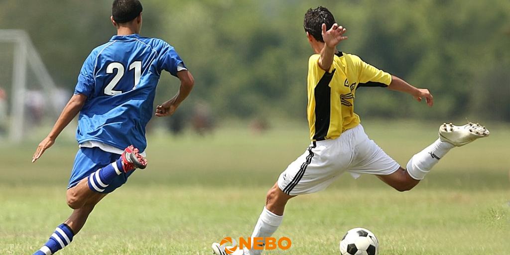 Sportfotografie tips voetballen - NEBO blog